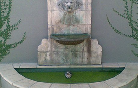 Fountain painted with Luxapool pond green