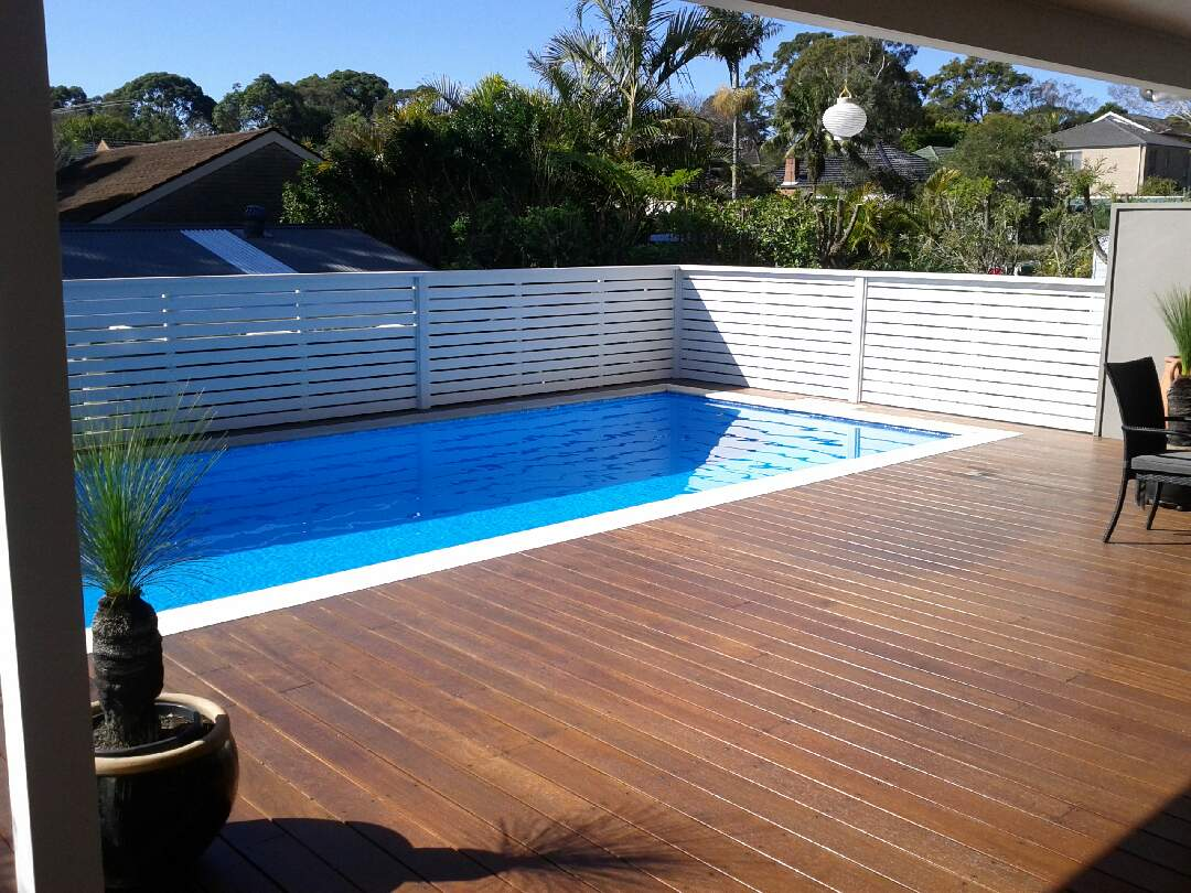 Domestic pool painted with luxapool epoxy swimming pool - Domestic swimming pools ...