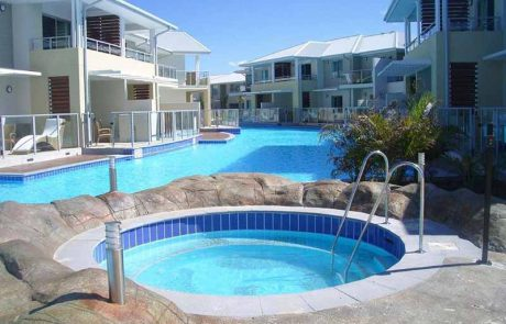 North Bondi pool with water painted with Luxapool epoxy pacific blue