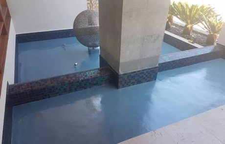 Residential fountain painted with Luxapool platinum blue