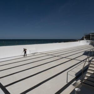 ONDI Icebergs being painted with LUXAPOOL Chlorinated Rubber in White